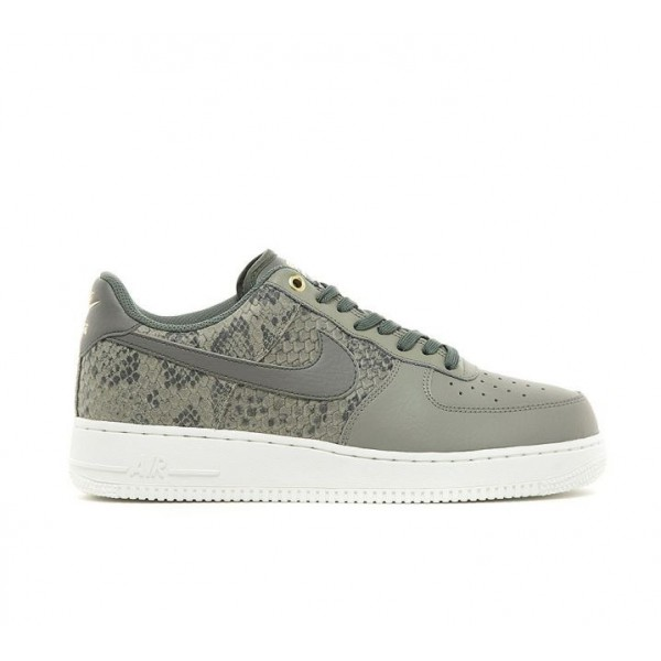 Nike Air Force 1 07 LV8 Turnschuhe Herren