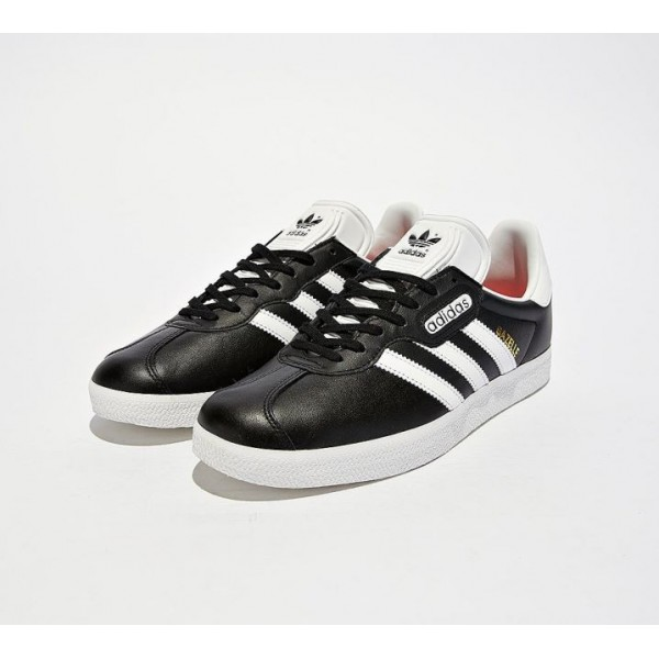 adidas Originals Gazelle Super Essential Turnschuh...